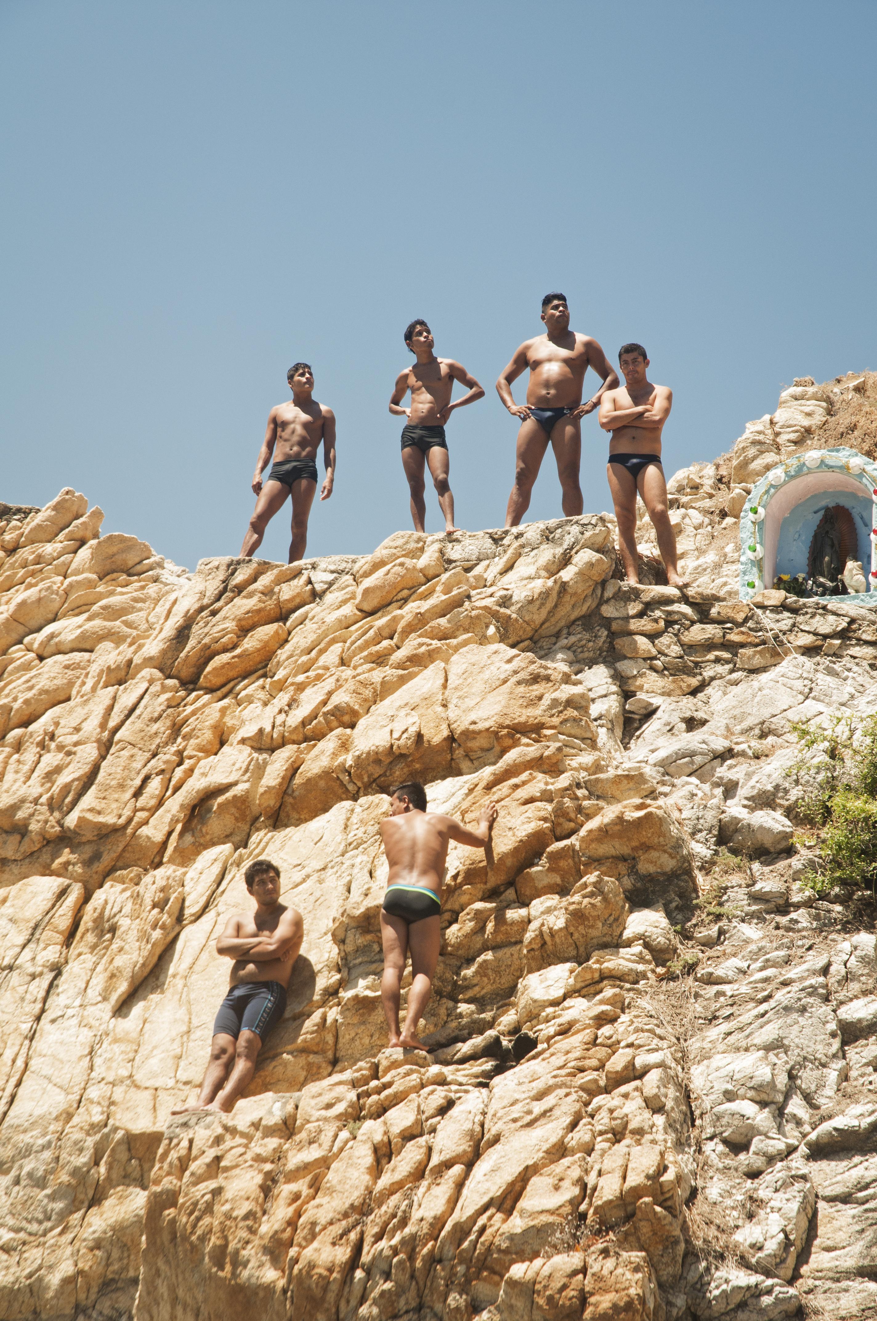 Cliff divers eat live mexico - The cliff dive ...